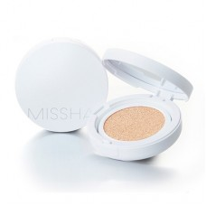 Missha Magic Cushion Moist Up SPF50+ PA+++ Увлажняющий кушон с полуглянцевым финишем